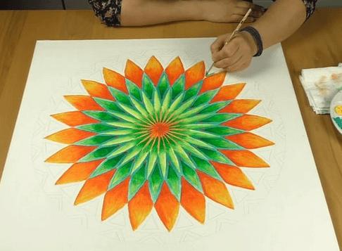 fertiges Mandala Online malen lernen